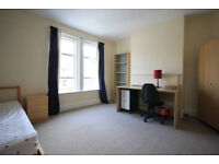 *NO AGENCY FEES TO TENANTS* Double bedroom available, suitable for both students and professionals