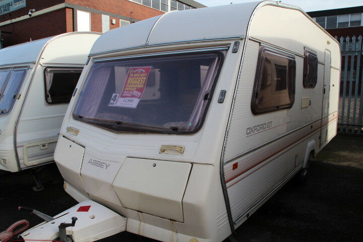 Abbey Oxford GT 1991 4 Berth Caravan £1900