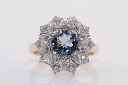 18ct gold 1.09ct aquamarine & 1.00cts of F-H/VS-SI diamonds ring