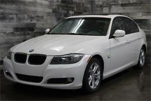 2011 BMW Série 3 328i xDrive NAVIGATION,TOIT à partir de 52$/Sem
