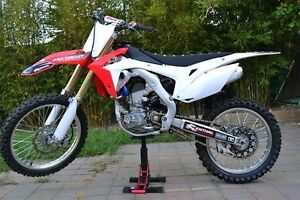 CRF250R 2016 !Low Hours ! South Morang Whittlesea Area Preview