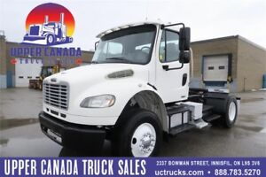 2010 Freightliner M2 - Daycab Tractor