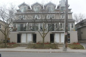 Wonderful 2Bdm/2Bth Apt, Hintonburg, 3Stories, 2Balconies, Nov1