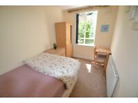 60 SEC FROM TUBE !! ZONE 1/2 * MODERN & CLEAN SINGLE / DOUBLE / EN SUITE / TWIN /VARIOUS AREAS