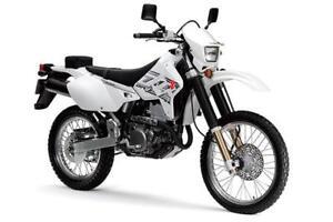SUZUKI DR-Z400S INCLUS 5 ANS DE GARANTIE ET CARTE DE GAS DE $500