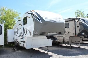 2013 Keystone Cougar 318SAB Fifth Wheel