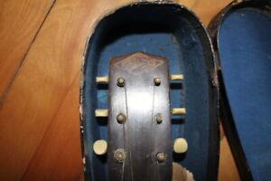 Guitare antique