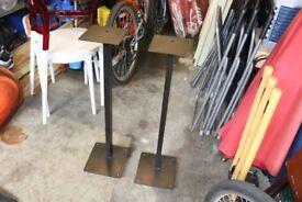 Speaker stands - Solid metal (Black)