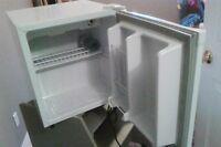 Counter Top mini Refrigerator
