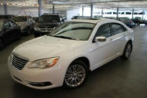 Chrysler 200 LIMITED 4D Sedan 2013