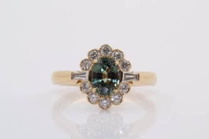 18ct yellow gold 1.19ct sapphire & 0.53cts F/SI diamonds ring
