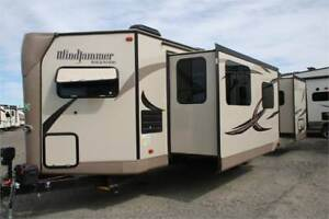 FALL BLOW OUT!!2016 ROCKWOOD WINDJAMMER 3008W!FRONT KITCHEN!!