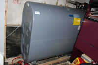 GRANDBY Oil tank 910 litres very clean almost new condition