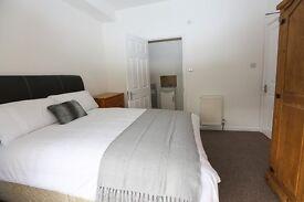 Double En-suite Room to rent in Swindon Town Centre