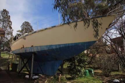 1975 TEMPTRESS 34 Sailing Yacht