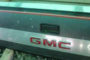 TAIL GATE FOR '88 TO ' 98 GMC OR CHEV TRUCK