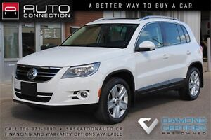 2011 Volkswagen Tiguan Highline AWD ** LEATHER ** MOONROOF **