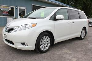 2014 Toyota Sienna XLE LIMITED AWD **NAV, DVD, SUNROOF**