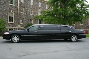 """2004 70"""" Stretched Lincoln Towncar"""