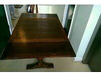 Mahogany 2 ballistrade table