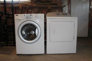 Clothes washer and dryer combo excellent condition