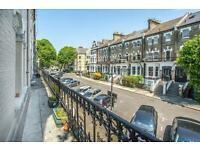 2 bedroom flat in Glazbury Rd , London
