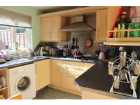 2 Bedroom Property Available to Rent, Gilmerton Place, Edinburgh