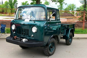 Classic Willys Jeep FC 150
