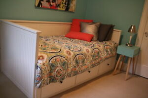 Solidly Built Twin bed perfect for teen!