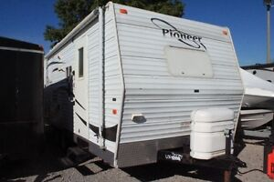 2007 Fleetwood Pioneer Travel Trailer