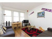Large and Modern 3 Bedrooms 2 Bathrooms Flat in Willesden Green - A Must See!