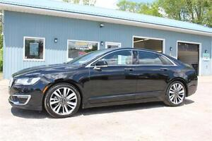2017 Lincoln MKZ Reserve ALL WHEEL DRIVE,1-OWNER, PANOROMIC ROOF