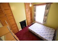 Stunning big double room in South Norwood. Bills inclusive.