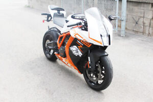2013 KTM RC8R! LIKE NEW! ACCIDENT FREE! LOW KM'S!