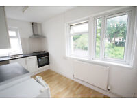 *NO AGENCY FEES TO TENANTS* Three double bedroom, first floor student flat in Fishponds close to UWE