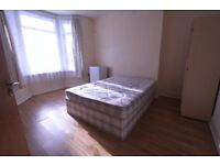 Double room with private bathroom in Thornton Heath. All bills included except electricity.