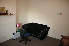 A first floor 2 bedroom Maisonette