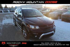 2017 Dodge Journey Crossroad AWD * Navigation * Park Assist/Cam