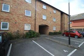 1 bedroom flat in Ryalls Court, Whetstone