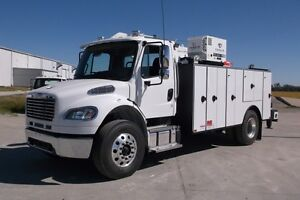 New 2015 Freightliner M2106 with attached 10-Series Summit Body