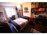 Amazing spacious 3 bed flat in Morden. C-TAX, WATER RATES AND TV LICENCE INCLUDED