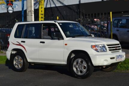 2002 MITSUBISHI PAJERO iO QA AUTOMATIC 4X4 4WD DRIVEAWAY ONLY Coburg Moreland Area Preview