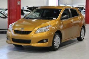 Toyota Matrix 4D Hatchback FWD 2010