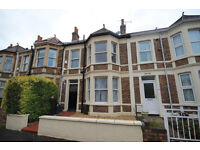 *NO AGENCY FEES & BILLS INCLUDED* Double bedroom available within house share - Brislington