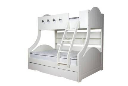Cloudy Bunk Bed - inc Doule Sealy Mattress - in great condition