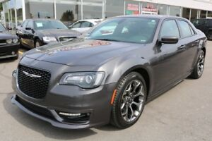 2017 Chrysler 300S NAVI,CAMERA,PANORAMIC ROOF NO ACCIDENTS