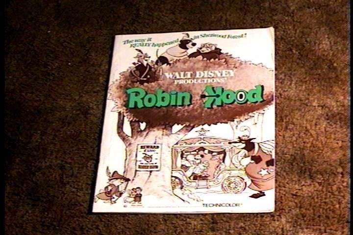 ROBIN HOOD PRESSBOOK COMPLETE DISNEY ANIMATION CLASSIC