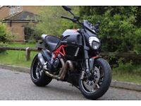 Ducati Diavel (carbon)