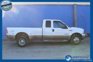 2002 Ford Super Duty F-350 DRW Lariat 7.3L
