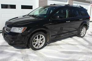 2012 Dodge Journey R/T AWD  Leather interior